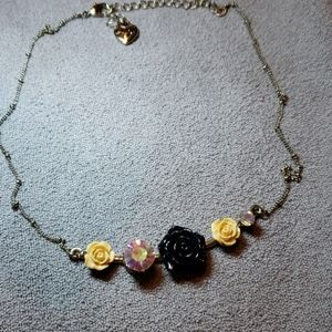 Betsey Johnson Jewelry - Betsy Johnson rose and gold necklace